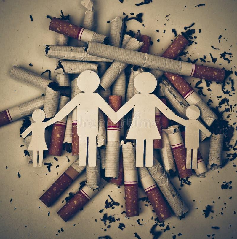 Zigaretten, die Familie zerstören stockfoto