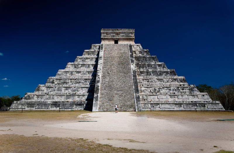 Ziggurat royaltyfria foton