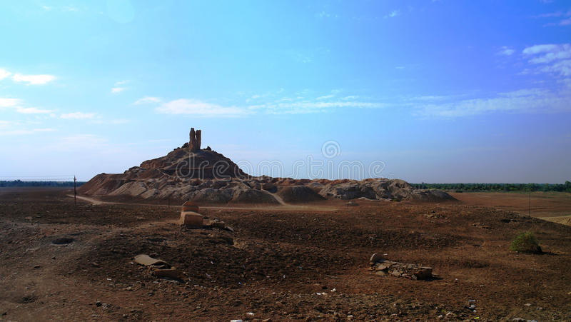 Ziggurat Birs Nimrud, a montanha de Borsippa, Iraque fotos de stock royalty free