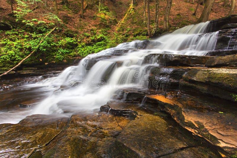 Zijaanzicht van Beecher Creek stock afbeeldingen