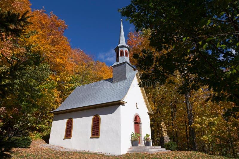 Zijaanzicht van de mooie kapel van de medio-achttien Eeuwoptocht stock foto