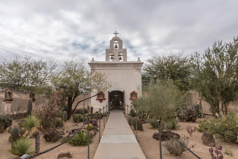 Zijkapel van San Xavier Del Bac Mission, Tucson Arizona stock foto's