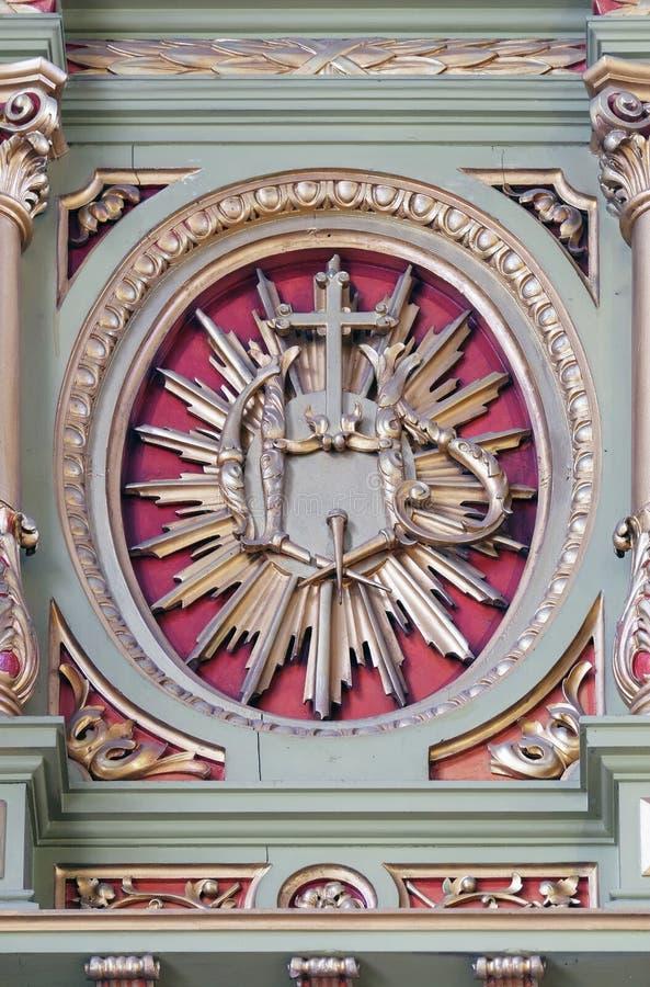 ZIJN teken op het altaar in de Basiliek van het Heilige Hart van Jesus in Zagreb stock afbeelding