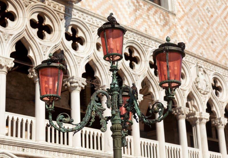 Zijsprongenpaleis in Venetië, Italië stock afbeelding
