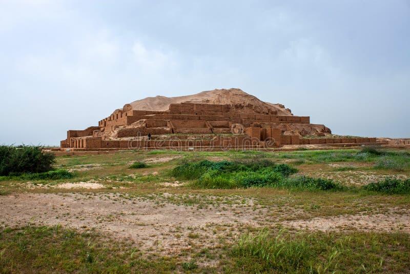 Zikkurat Choqa Zanbil стоковые фото