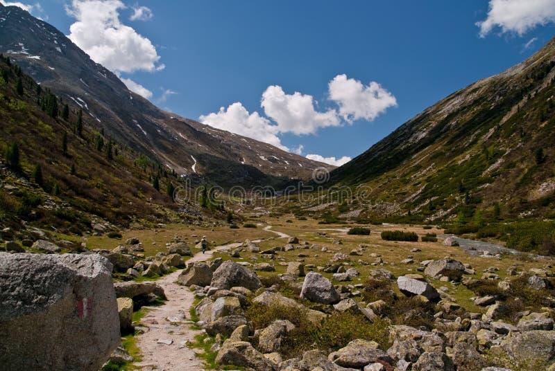 Download Zillertaler Pfitscher Joch Австралии Alps Стоковое Фото - изображение насчитывающей гора, пропуск: 17619754