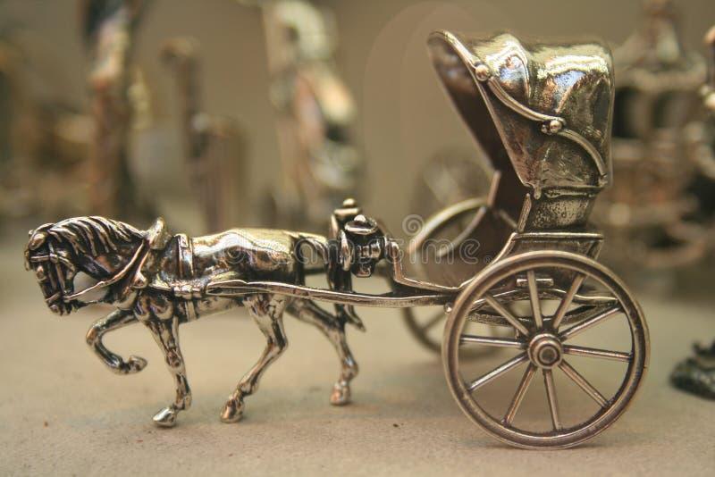 Zilveren cabriolet royalty-vrije stock afbeeldingen