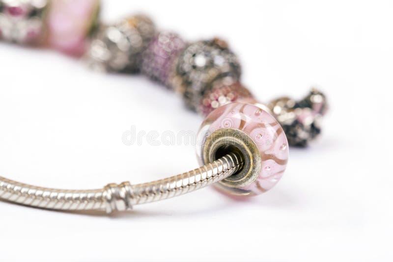 Zilveren charmearmband royalty-vrije stock foto