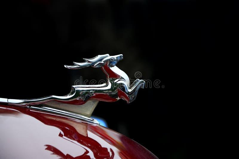 Zilveren hertenstandbeeld royalty-vrije stock foto's