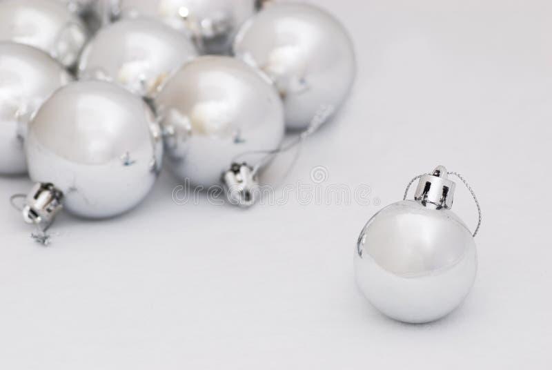 Zilveren Kerstmissnuisterijen stock afbeeldingen