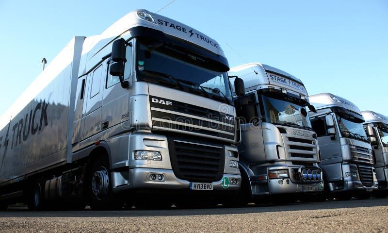 Zilveren Vrachtwagens royalty-vrije stock foto