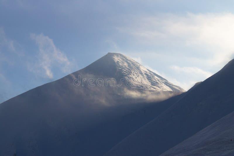 Zim przygody szczyt carpathians Ukraina fotografia royalty free