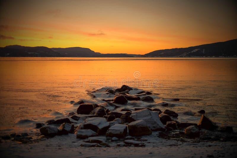 Zima świt nad fjord obraz stock