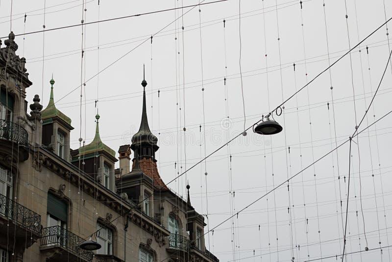 Zima dachy w Zurich i niebo, Szwajcaria zdjęcia stock