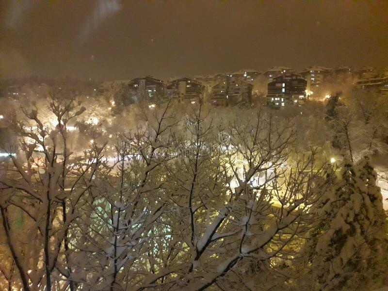 Zima krajobraz przy nocą w Serbia kapitale - Belgrade obrazy stock