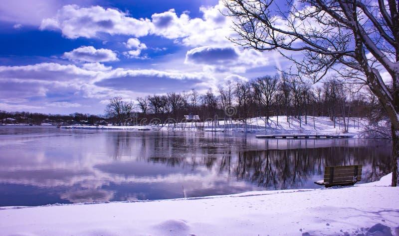 Zima krajobraz z odbiciami obraz royalty free