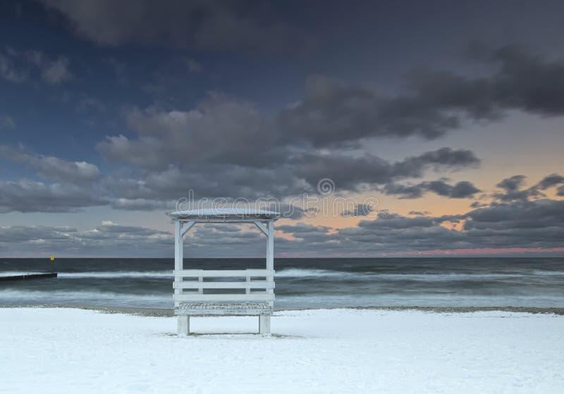 ZIMA W BAŁTYCKIEJ plaży obraz royalty free