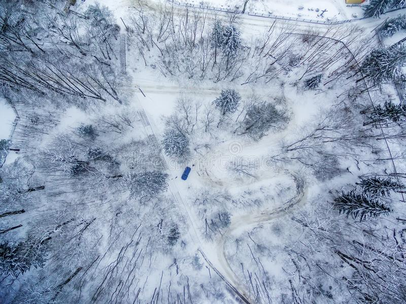 Zima w Vilnius Lithuania: Tuputiskes Seprentine droga obrazy stock