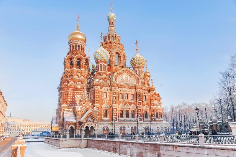 Zima widok kościół wybawiciel na krwi w St Petersbu zdjęcie royalty free