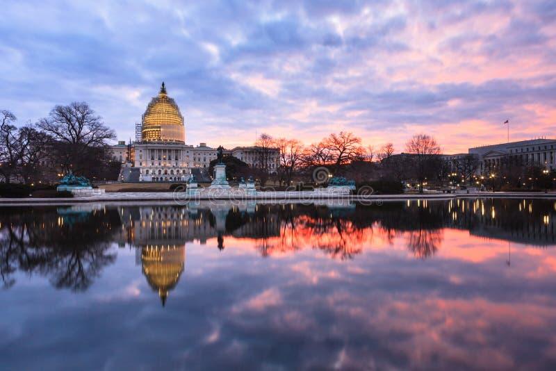 Zima wschodu słońca USA Capitol budynku washington dc obraz royalty free
