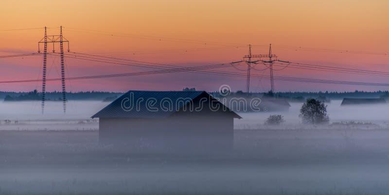 Zimny mgły wydźwignięcie fotografia stock