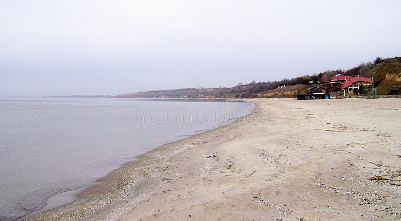 Zimy Czarny morze w słonecznym dniu zdjęcia stock