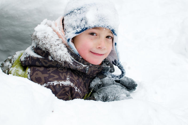 Download Zimy dziecko obraz stock. Obraz złożonej z przyjemność - 28955267
