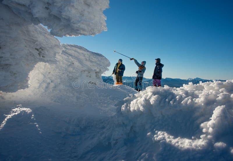 Zimy podróż w pięknym miejscu fotografia stock