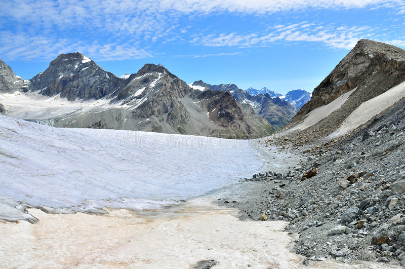 zinal de stockji de schonbielhorn de pointe de de glacier photo libre de droits
