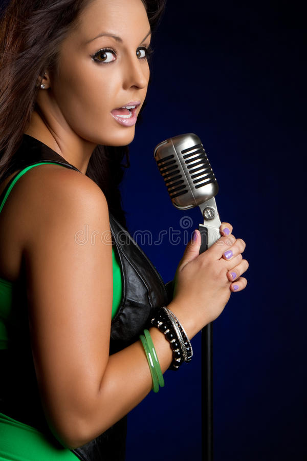 Zingende Vrouw royalty-vrije stock foto