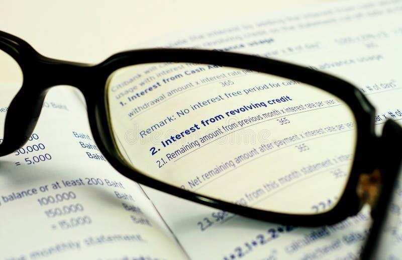 Zinsen von Kredit gegen Prolongationsakzept stockbilder