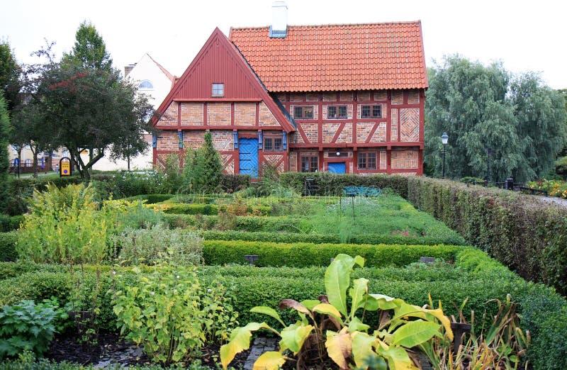 Ziołowy ogród Greyfriars opactwo, Ystad, Szwecja fotografia royalty free