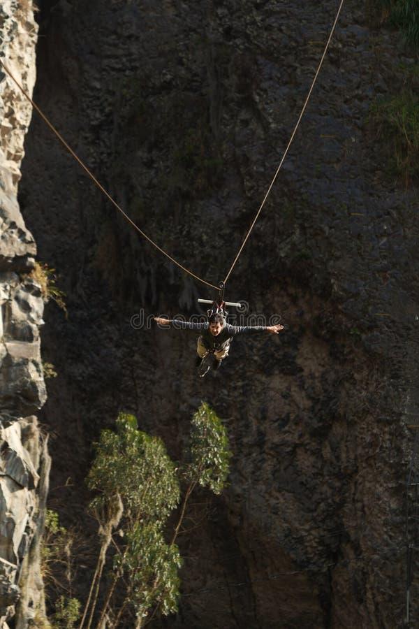 Ziplinie Abenteuer lizenzfreie stockfotos