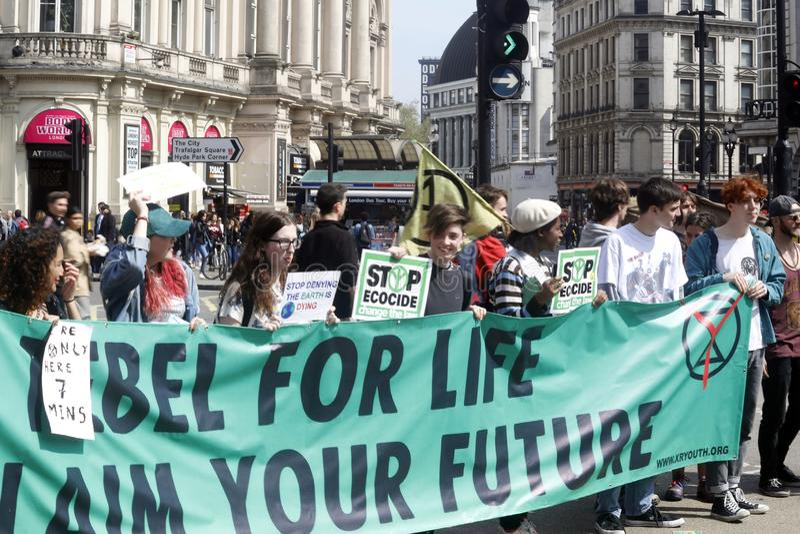 Zirkus London des Löschungsaufstands-Protestes piccadilly lizenzfreie stockfotografie