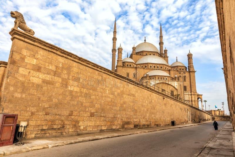 Zitadelle von Kairo-Wand und von Moschee von Muhammad Ali-Ansicht, ?gypten lizenzfreie stockfotografie