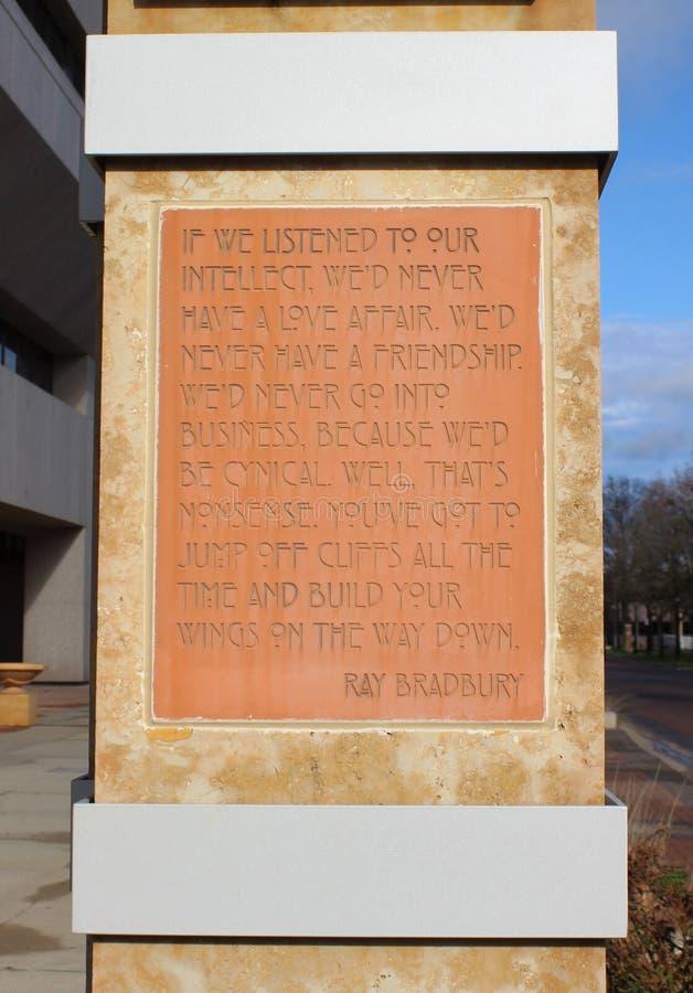 Zitat vom Zukunftsroman-Verfasser Ray Bradbury, Springfield, IL lizenzfreies stockbild