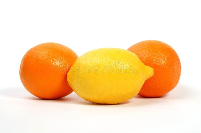 Zitrone und Orangen lizenzfreie stockbilder