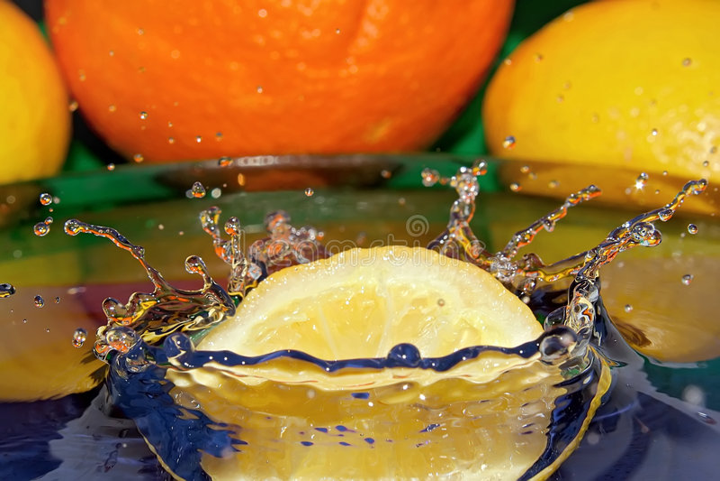 Zitronemond lizenzfreie stockfotografie