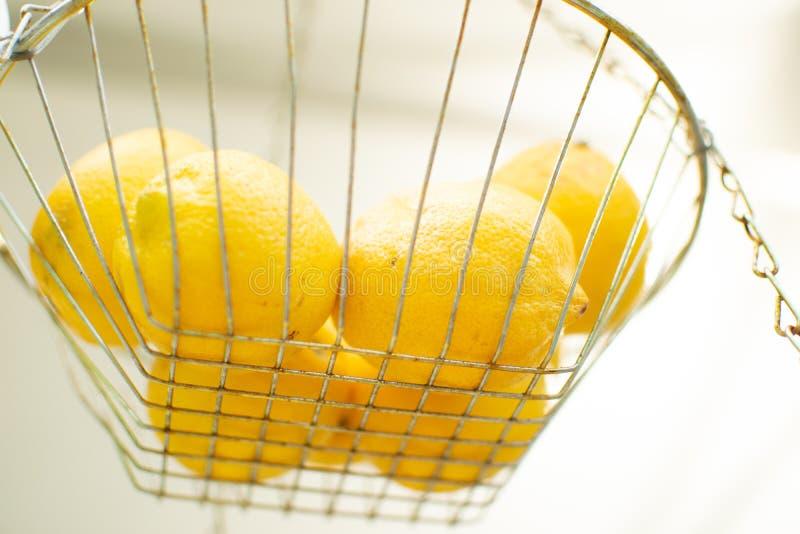 Zitronen bereit, in frische zusammengedrückte Limonade gemacht zu werden lizenzfreies stockfoto