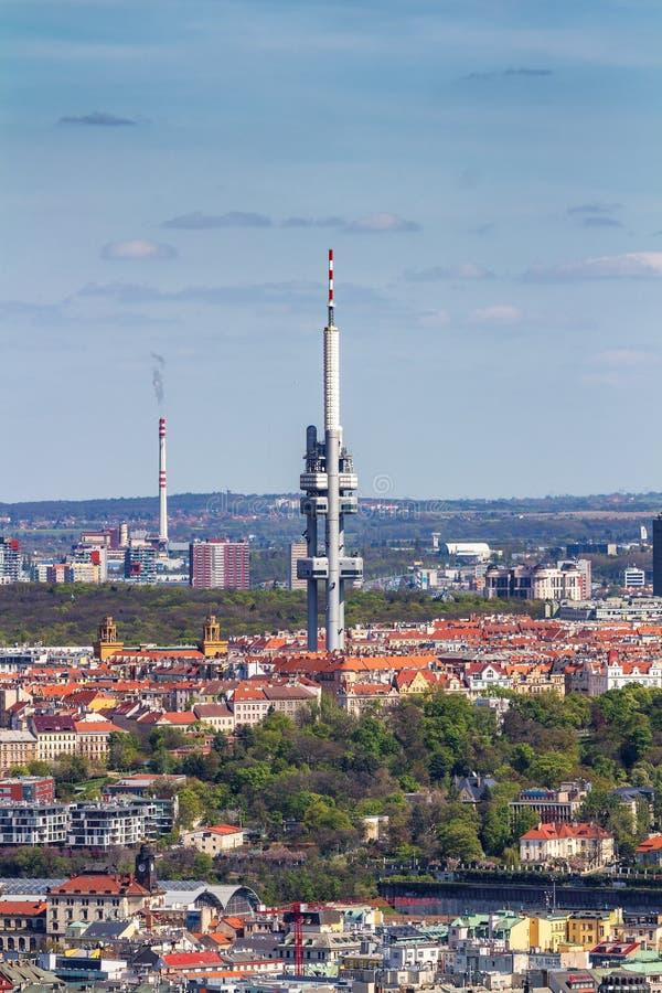 Zizkov-Fernsehturm (Zizkovska-vez) in Prag, Tscheche Republi stockfotos