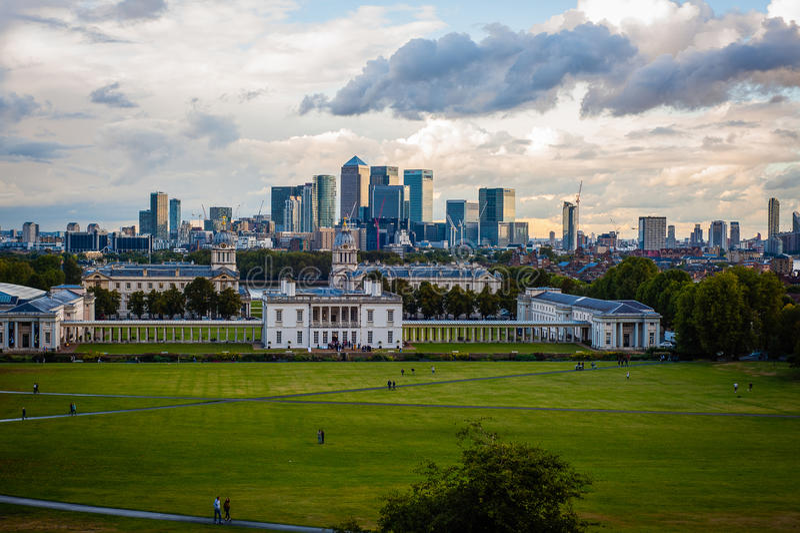 2016 Zjednoczone Królestwo Greenwich Londyński widok środkowy London Kanarowy nabrzeże i Naprawdę przemysłowa panorama fotografia stock