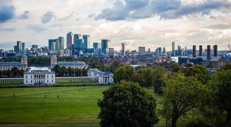 2016 Zjednoczone Królestwo Greenwich Londyński widok środkowy London Kanarowy nabrzeże i Naprawdę przemysłowa panorama zdjęcie stock