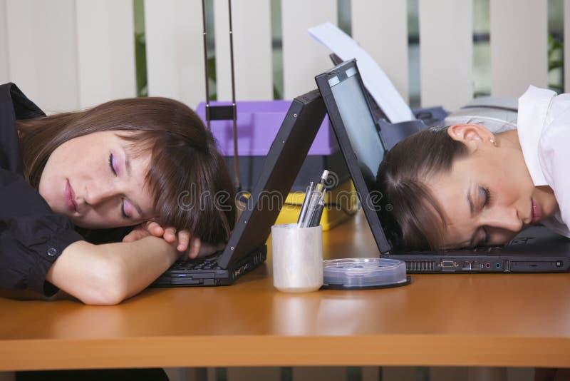 zmęczeni biuro pracownicy zdjęcia stock