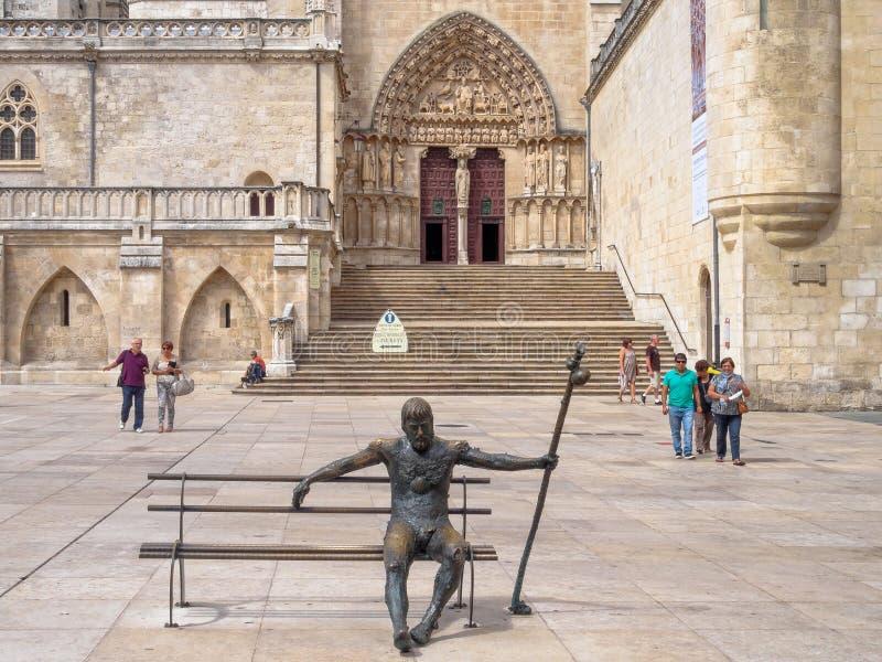 Zmęczona pielgrzymia statua - Burgos zdjęcia royalty free