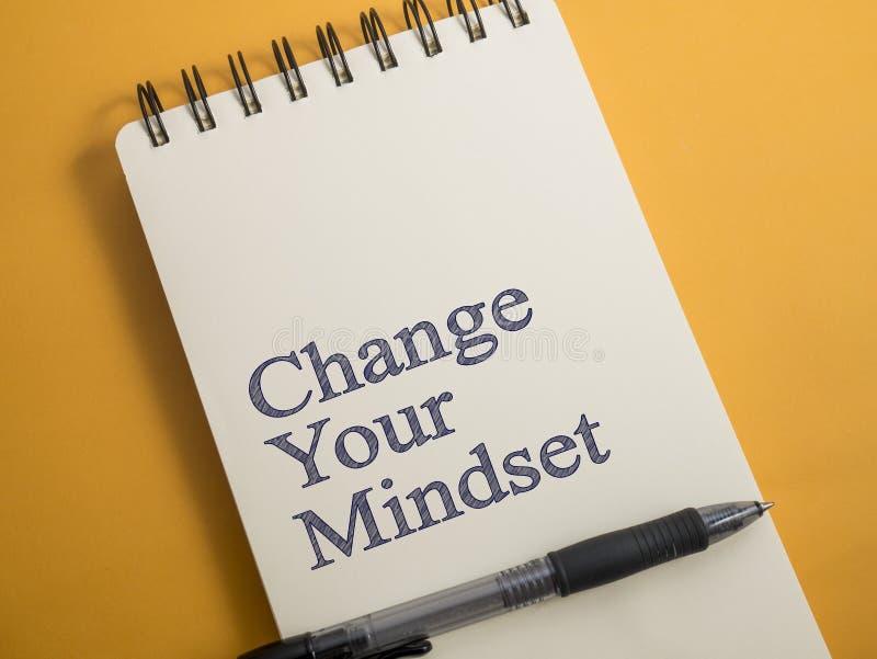 Zmienia Twój Mindset, Motywacyjny słowo wycen pojęcie obraz stock