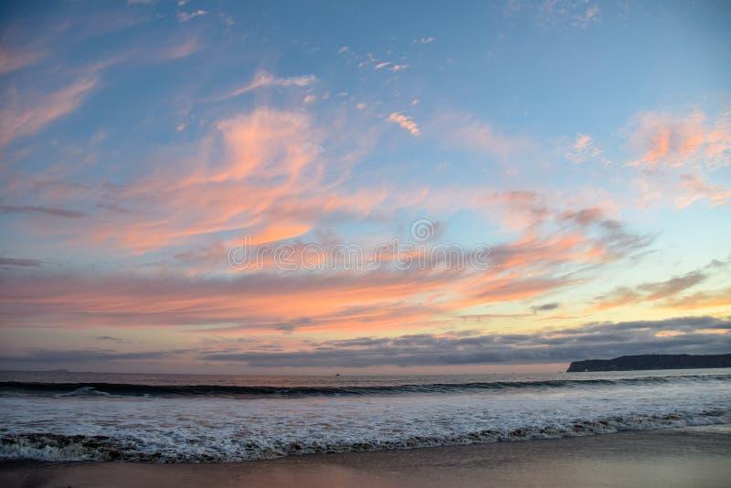 Zmierzch, kipiel i piasek przy Coronado stanu plażą, obrazy royalty free