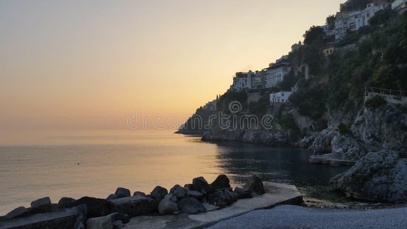 Zmierzch na Amalfi wybrzeżu zdjęcia stock
