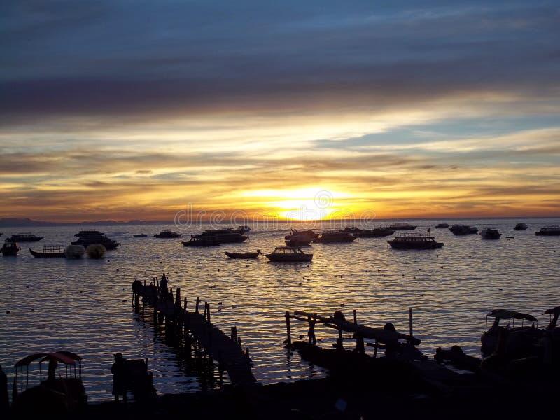 Zmierzch na Jeziornym titicaca, Boliwia obrazy stock