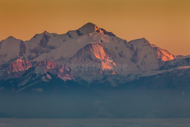Zmierzch na Mont Blanc zdjęcie stock