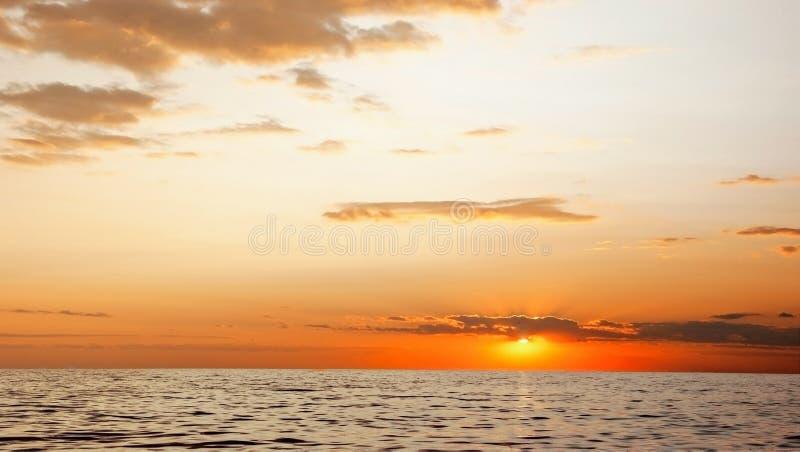 Zmierzch na morzu obraz royalty free
